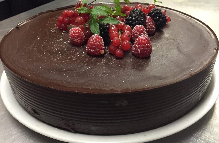 Čokoládová torta bez múky a cukru
