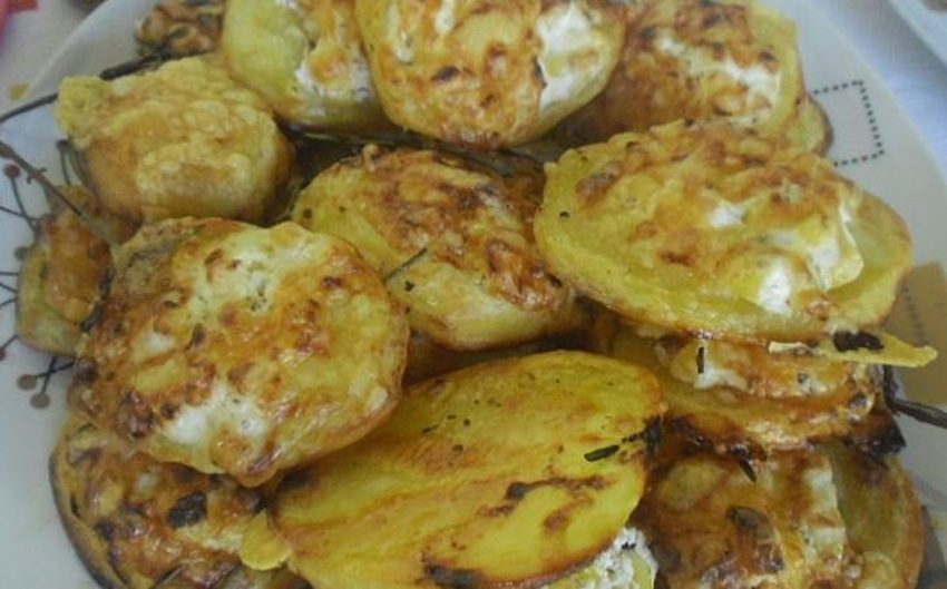 Pečené zemiaky s kyslou smotanou